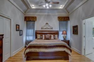 Jak ozdobić ściany w sypialni?